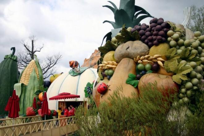 places to visit in paris parc asterix