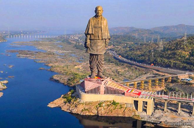 worlds tallest statue