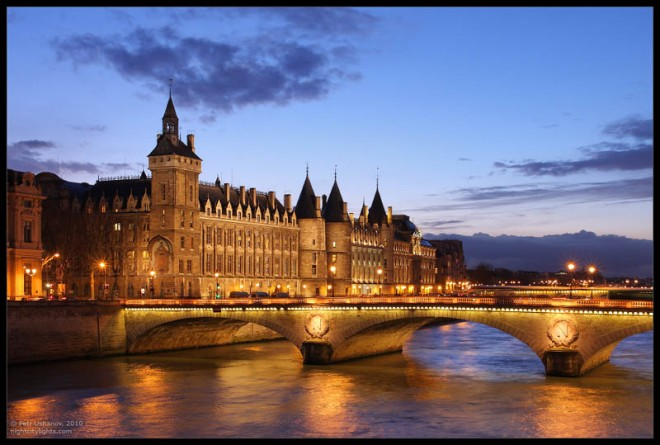 places to visit in paris conciergerie
