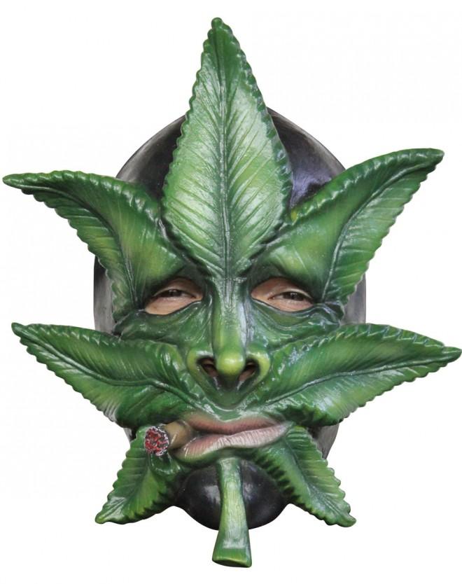 funny mask leaf