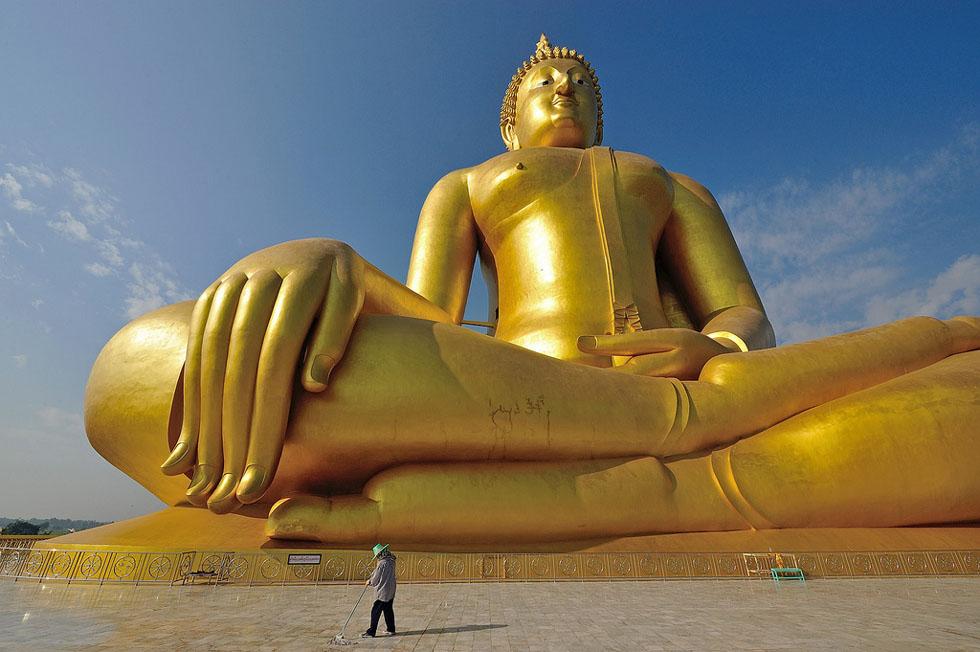 tallest statues great buddha thailand