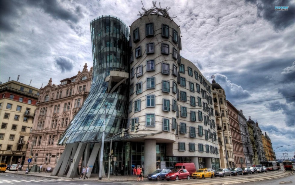 weird houses dancing house prague