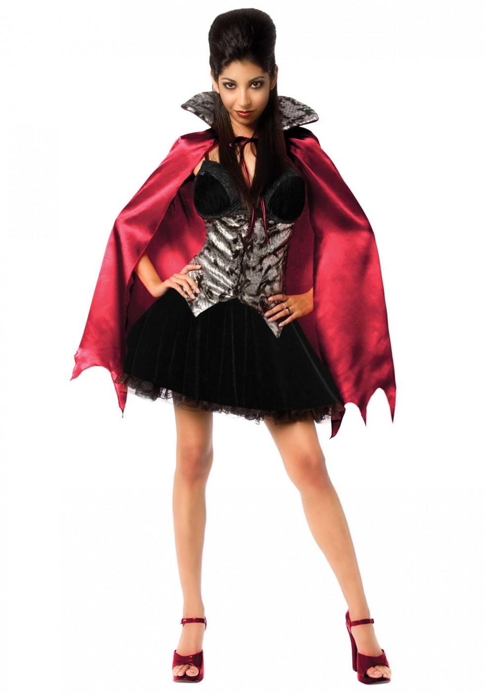 funny halloween costumes vampira