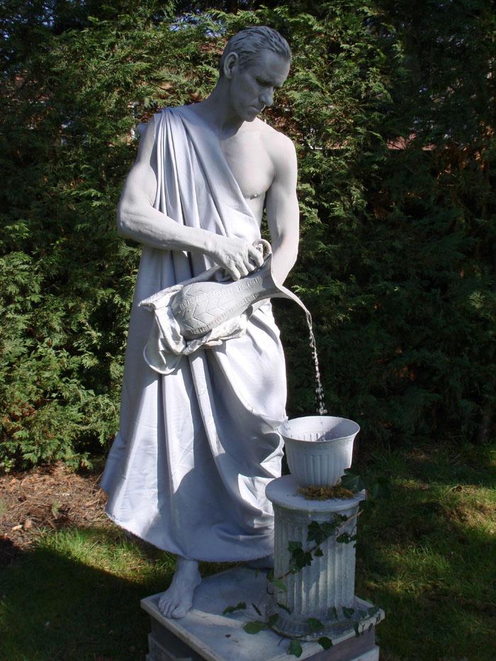 living statue man 10