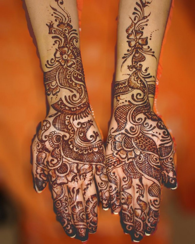 mehndi designs trendy