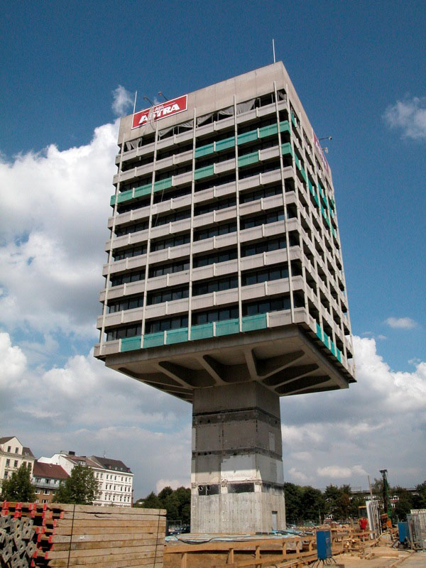 strange buildings building weird around astra unusual architecture unique haus cantilever column fantastic architectures germany structure construction modern hamburg most