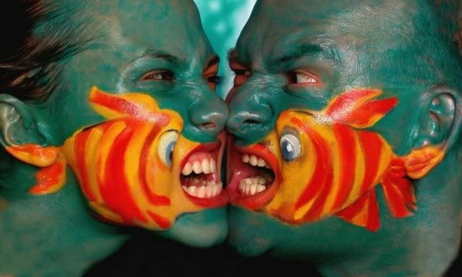 funny fish fight face painting