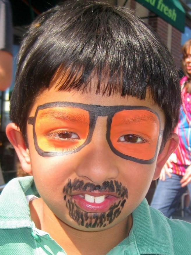 funny sunglasses kid face painting