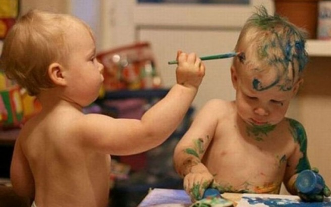 funny twin kid paintings