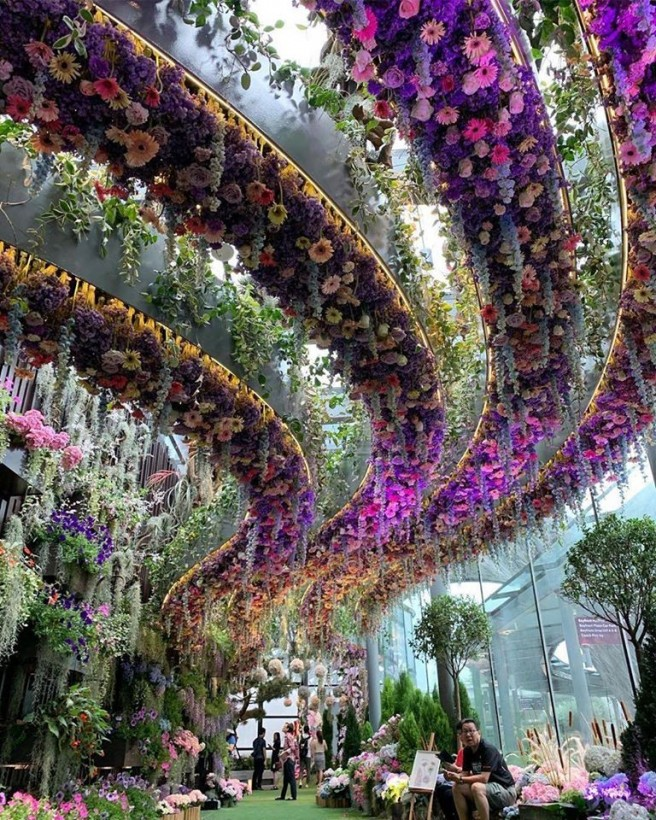 amazing picture architecture design flowers hanging singapore