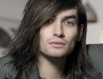1-straight-men-long-hairstyle