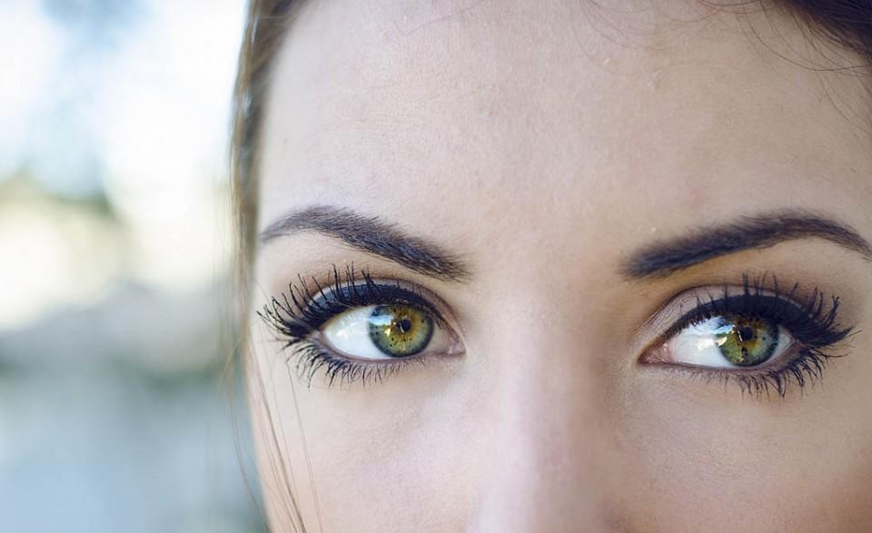 woman beautiful eyes by francesca piras