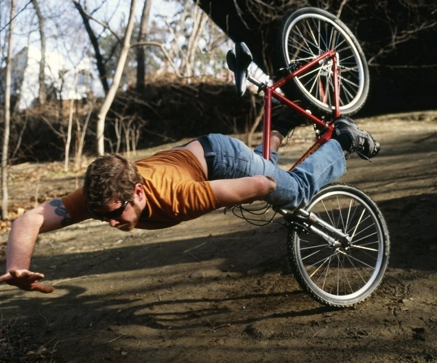 6 people falling off bikes