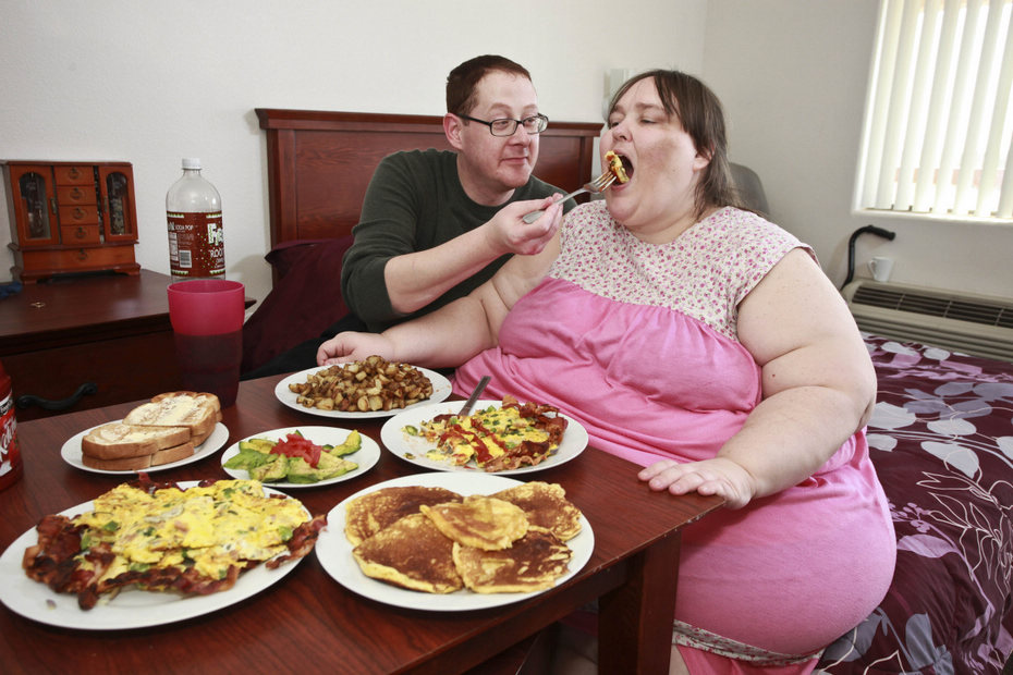 8 fat woman funny guinness world records