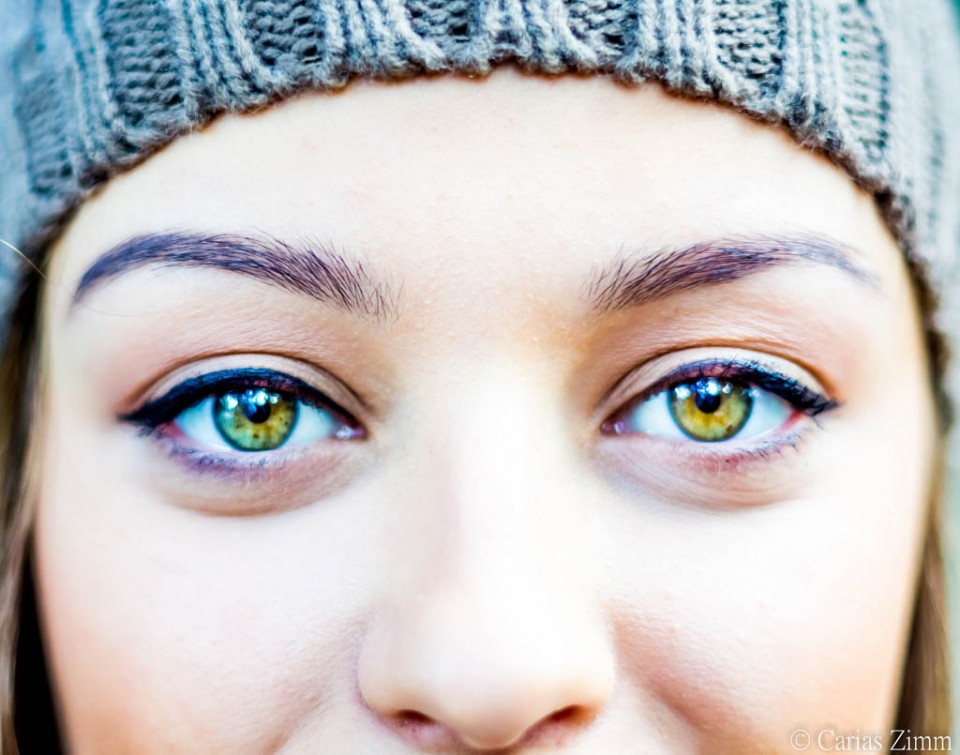 woman beautiful eyes by carias zimm