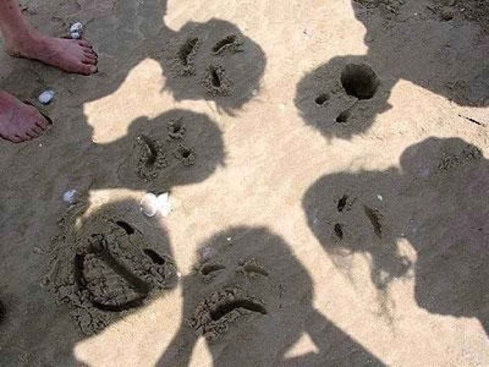 funny beach photography idea
