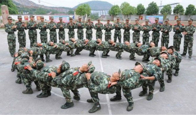 soldiers funny workout