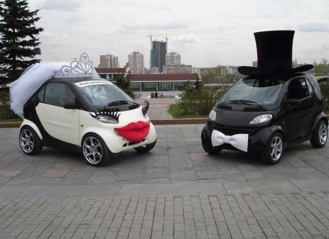 creative ads wedding car