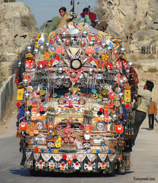 funny pakistani truck