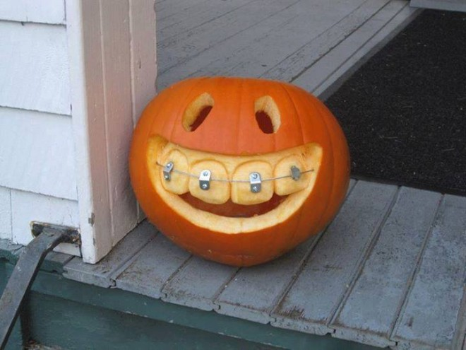 pumpkin sculpture halloween
