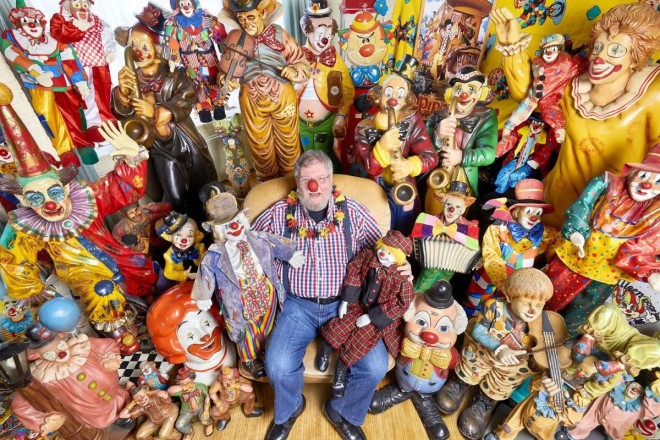 funny world record largest collection of clown related items by fm kahn