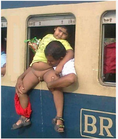 piss in train kerala