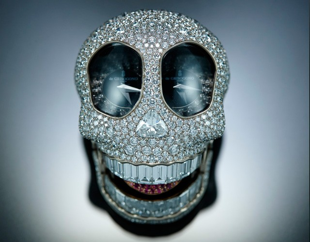 creative diamond skull art idea