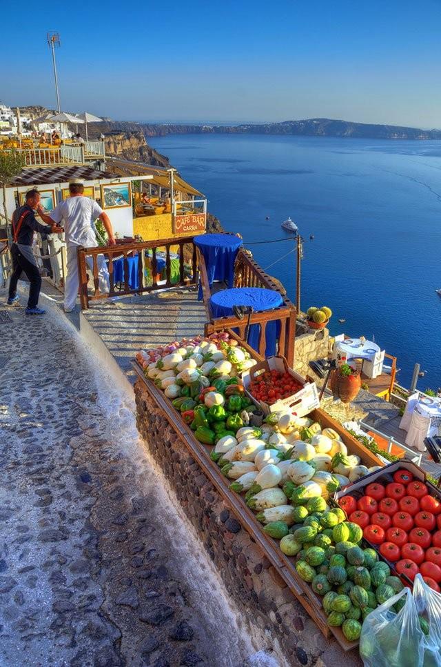 santorini vegetable and fruits market