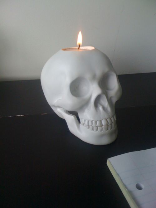 creative candle skull art idea