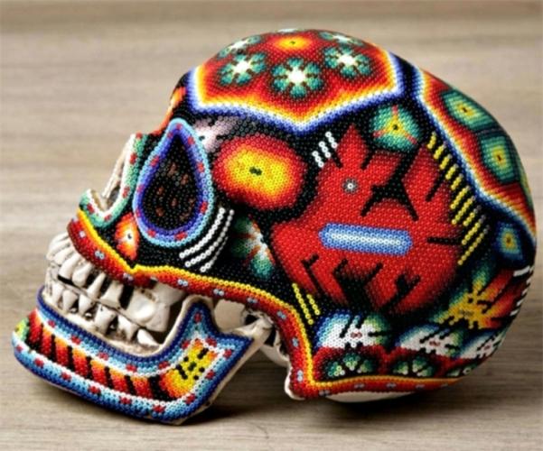 creative skull art idea