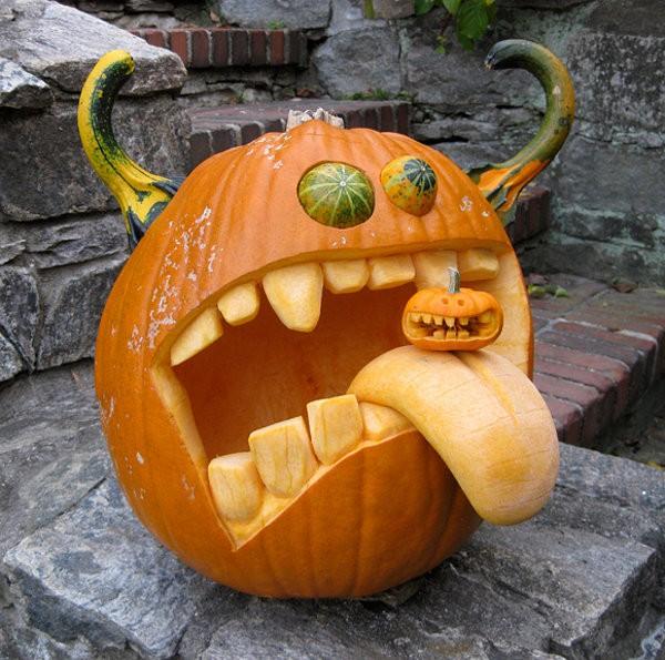 cute pumpkin carving idea