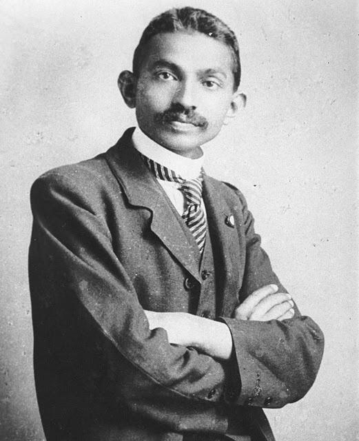 mahatma gandhi celebritie old photo