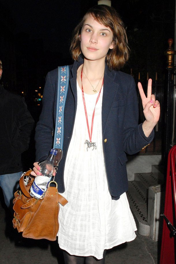 alexa chung celebrities without makeup
