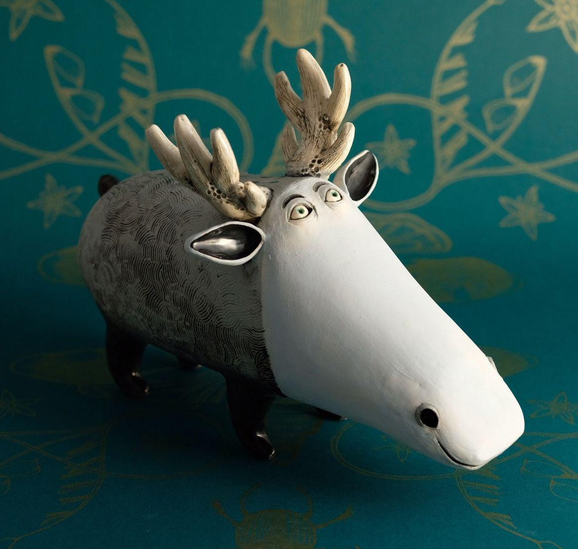 funny ceramic animal sculpture reindeer nastia calaca