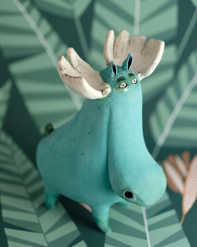 funny ceramic animal sculptures reindeer nastia calaca
