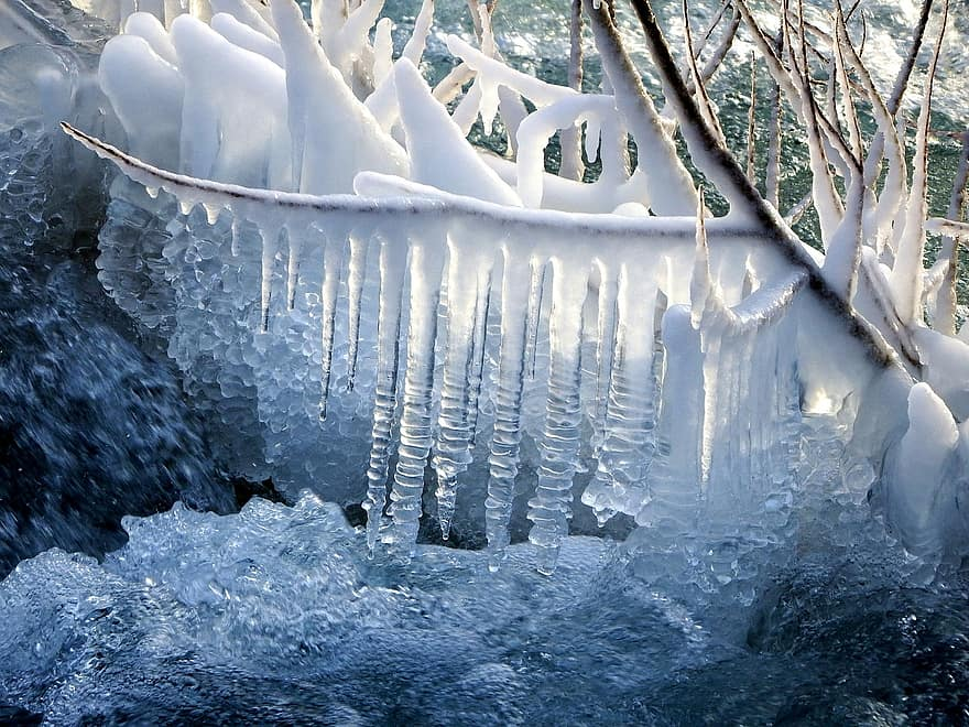 icicles snow winter spring drops frost coldly ice small river