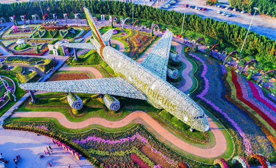 beautiful garden emirates dubai miracle garden
