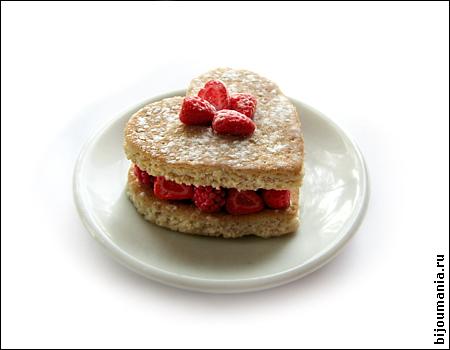 miniature cake berries allim lip