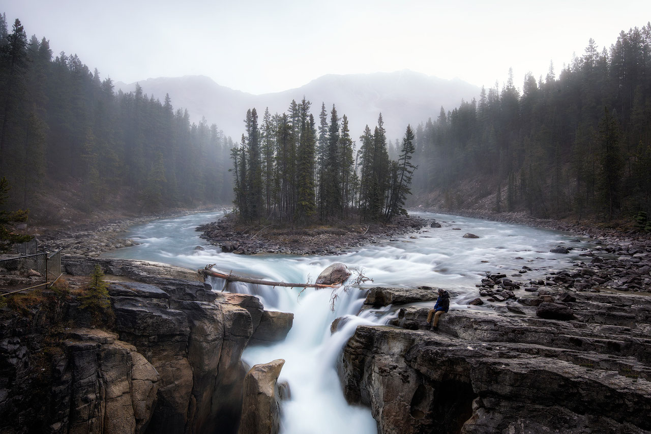 beautiful sunwapta falls icefields parkway canadian rockies