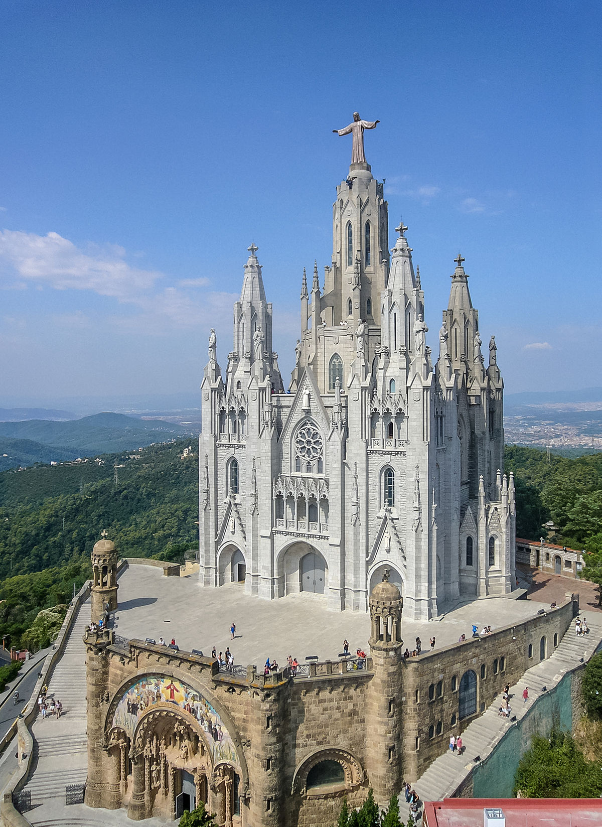 temple expiatori del sagrat cor barcelona beautiful tourist place spain