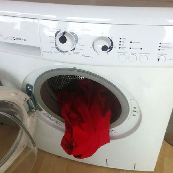 funny optical illusion image washing machine