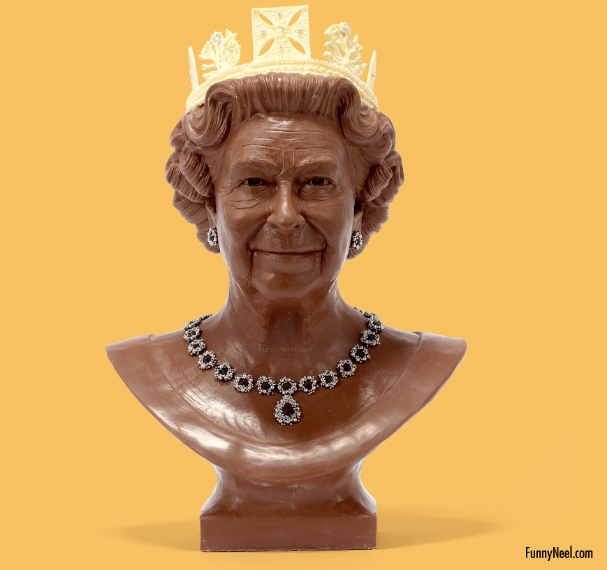 funny chocolate queen bust