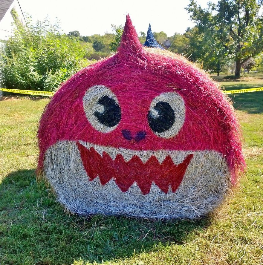 funny halloween hay bale art mommy shark jean marie smith