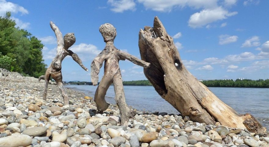 funny wood sculpture driftwood tamas kanya